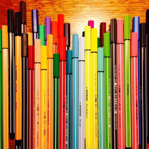 めっちゃいっぱいあるスタビロのペン。スタビロ大好きです。
